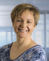 Evelyn Neuhauser