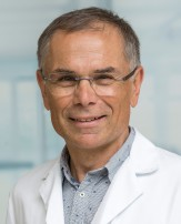 Prim. Dr. Adrian Kamper