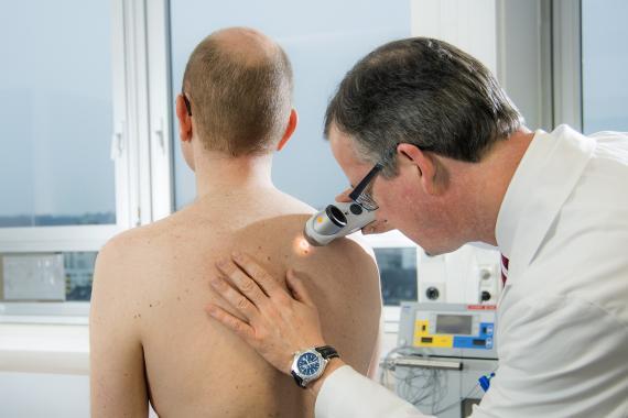 Dermatologie Untersuchung