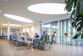 Innovatives Lichtkonzept unterstützt in der Behandlung
