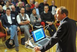 Schulterschmerz ist behandelbar - so die Aussage von OA Dr. Christof Pirkl