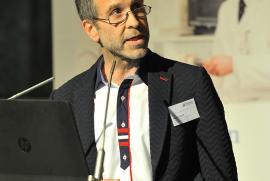 Volkskrankheit Rückenschmerzen - darüber informierte OA Dr. Stephan Koch