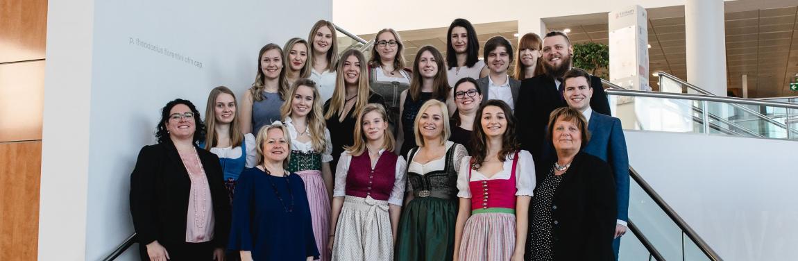 Diplomfeier Klinikum Wels-Grieskirchen 2019.jpg