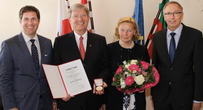 Städtische Goldmedaille für Welser Topmediziner